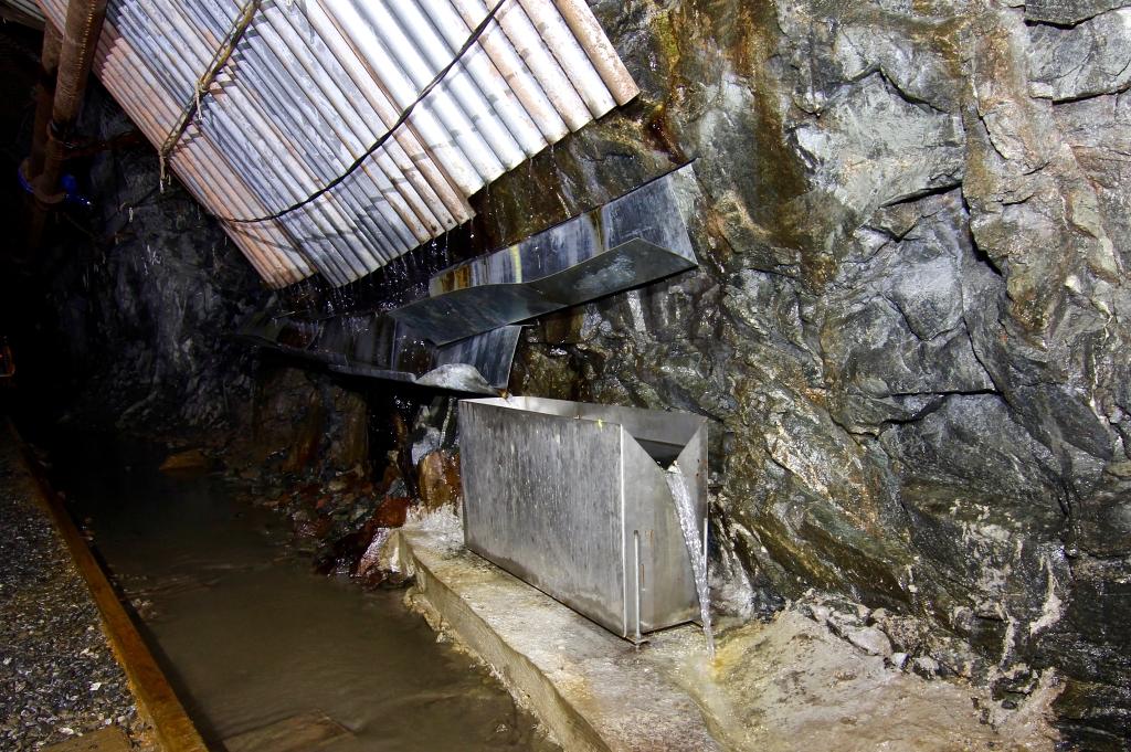 jaderná energie - U Bukova testují geologové půl km pod zemí horniny kvůli úložišti - Back-end (pvp bukov mereni vytoku vody 1024) 3
