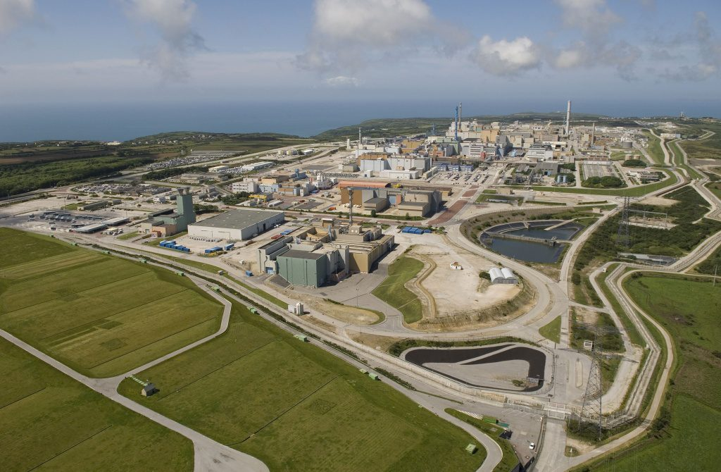 jaderná energie - Framatome bude dodávat elektrárenské společnosti EDF přepracované uranové palivo - Palivový cyklus (La Hague   globalni pohled 1024) 1