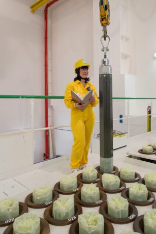 jaderná energie - SME.sk: Vedci pre elektráreň v maďarskom Paksi vyvíjajú nový druh paliva - Palivový cyklus (14S5401 740) 1