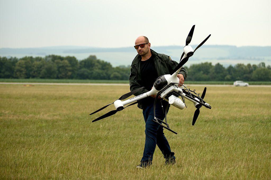 jaderná energie - Vrtulník i dron – Nuvia předvedla radiační monitoring při mimořádných situacích - V Česku (DSC 2514 1024) 6