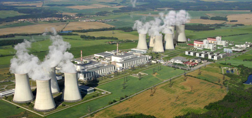 jaderná energie - Do Třebíče se sjeli příznivci i odpůrci záměru dostavby Dukovan - Nové bloky v ČR (edu celkovy CEZ 1024) 1