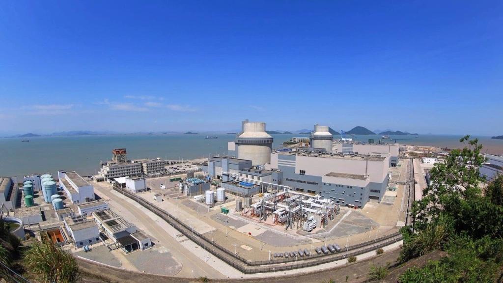 jaderná energie - První blok AP1000 začal dodávat elektřinu do sítě - Nové bloky ve světě () 5