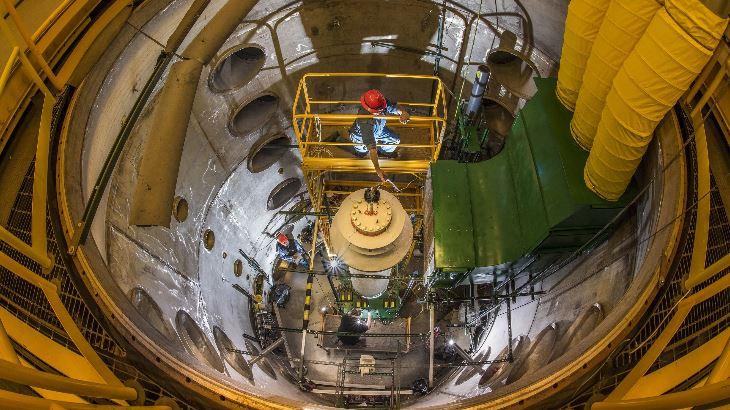 jaderná energie - V Sandii testují teploty kontejnerů na použité palivové soubory - Věda a jádro (Dry cask simulator Randy Montoya Sandia National Laboratories) 1