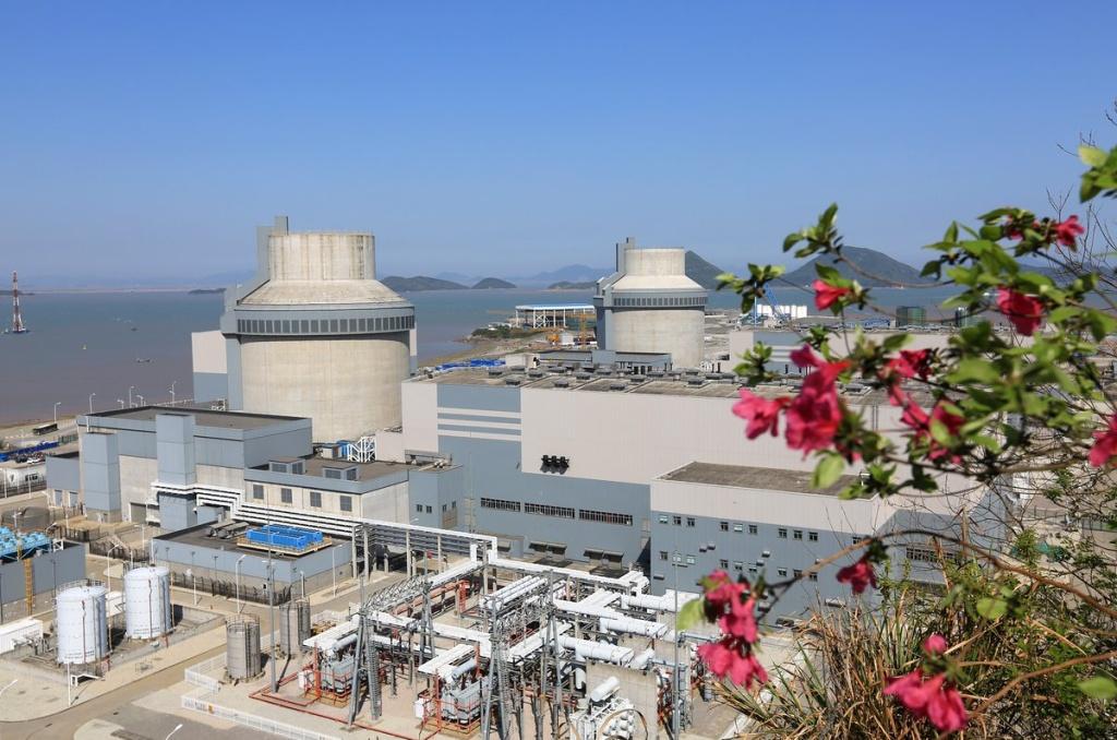 jaderná energie - Čínský San-men 2 připraven pro zavezení paliva - Nové bloky ve světě (san men 1a2  Westinghouse 1024) 2