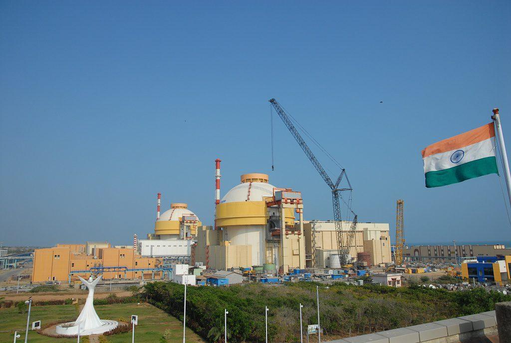 jaderná energie - Indie plánuje zvýšit svůj jaderný výkon o 15700 MW - Nové bloky ve světě (22 АЭС Куданкулам 2 1024px) 1