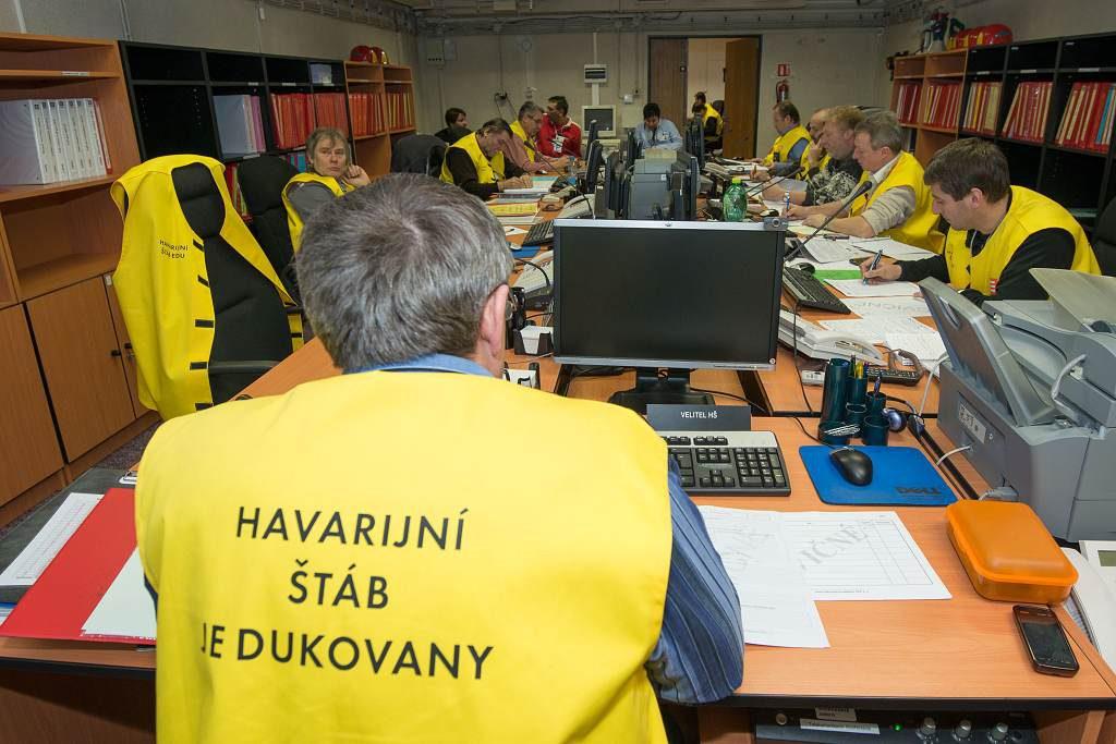 jaderná energie - V Dukovanech začíná dvoudenní havarijní cvičení s ukrytím lidí - V Česku (S13 2278 1024) 1