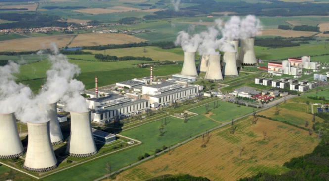 Babiš, Nováková a ČEZ jednají o energetice, tématem jaderný blok