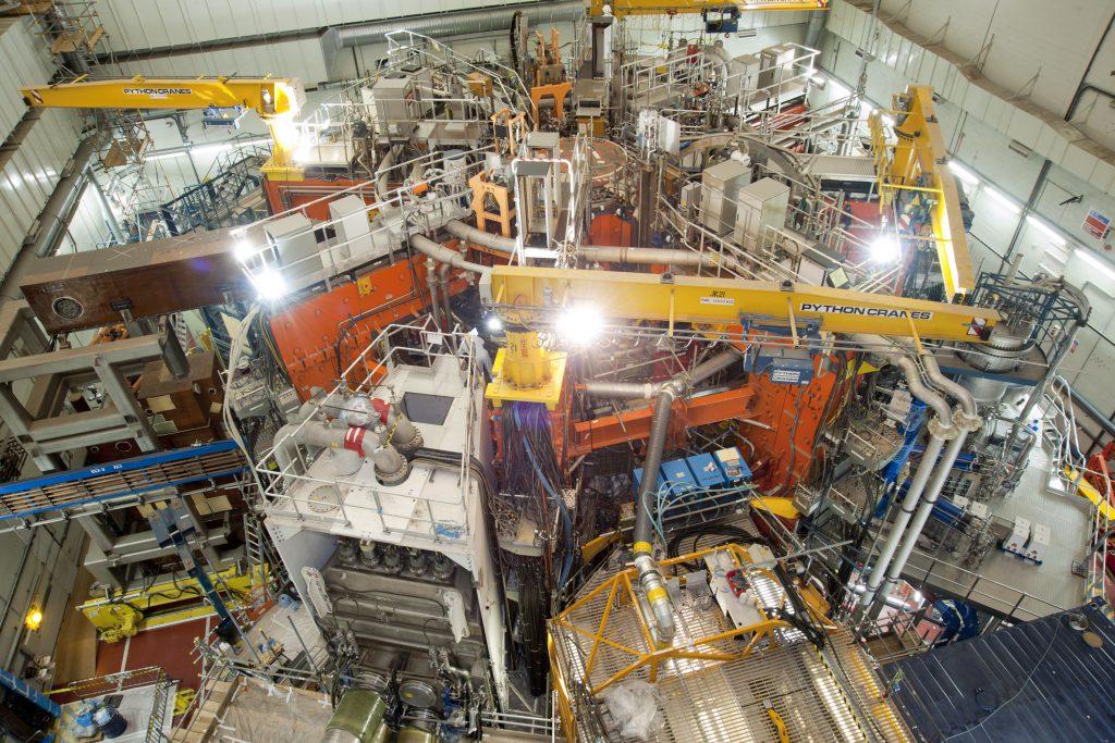 jaderná energie - Spojené království nebude moci přispět na projekt ITER bez dohody ohledně Brexitu - Ve světě (jet) 1
