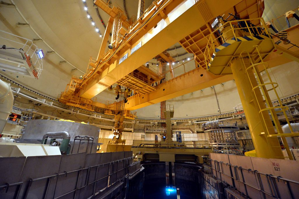 jaderná energie - Temelín začne o víkendu zavážet palivo do reaktoru - V Česku (o vikendu zahaji v temeline zavazeni paliva do reaktoru druheho bloku) 3