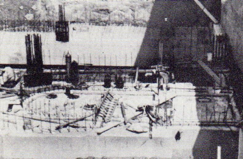 jaderná energie - Bazénové reaktory – budovy a jejich vybavení - Fotografie (Build 1 Ford Pool Foundation) 1