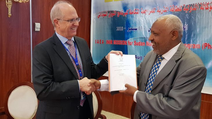jaderná energie - MAAE dokončila revizi jaderné energetiky vSúdánu - Nové bloky ve světě (Stott Elgasim IAEA INIR Sudan Sept 2018 M Ceyhan IAEA) 1