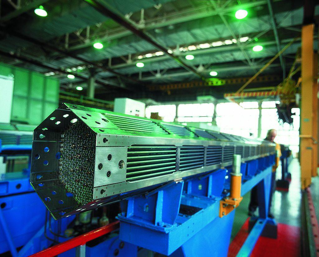 jaderná energie - Palivová společnost Rosatomu TVEL představila své projekty na mezinárodní konferenci v Praze - Palivový cyklus (Výroba paliva TVSA pro reaktor VVER 1000 ve společnosti TVEL 1024) 1