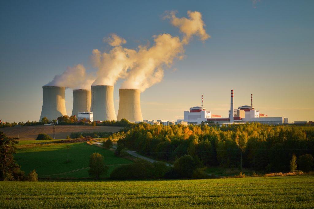 jaderná energie - Druhý blok Temelína začal po odstávce vyrábět elektřinu - V Česku (druhy blok planovane pozvolna snizuje vykon. duvodem je planovana odstavka ktera zacne v zaveru cervna) 1
