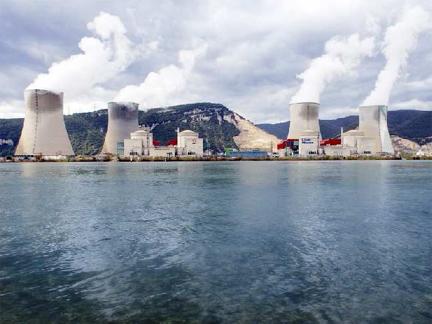 EDF obnovuje přepracování použitého paliva