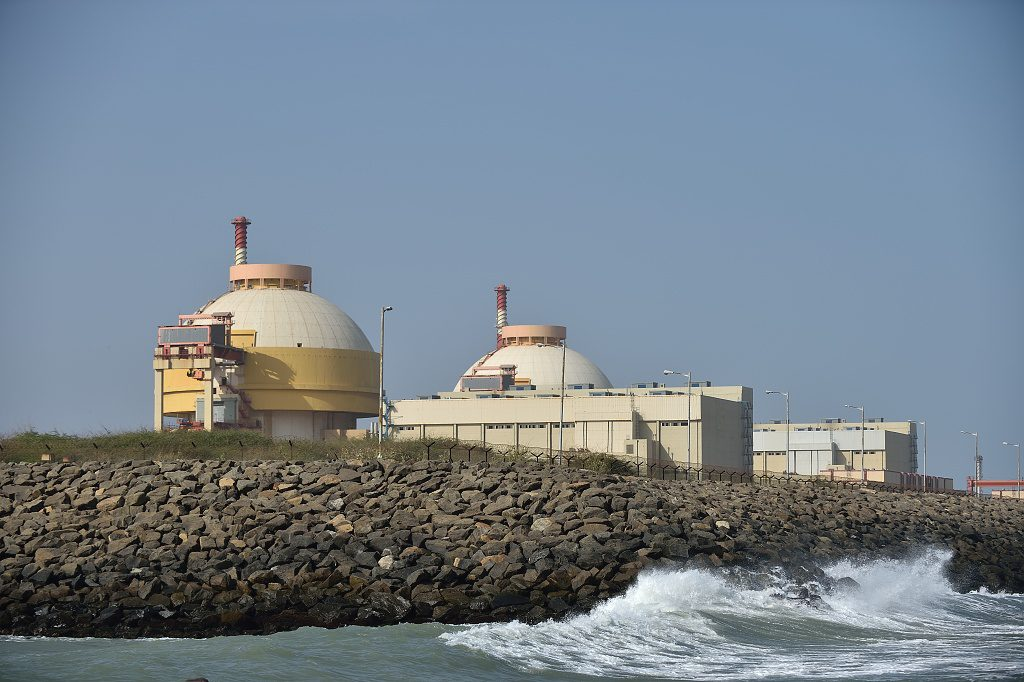 jaderná energie - Rusko a Indie podepsaly dokument o výstavbě 6 nových jaderných bloků - Nové bloky ve světě (Dva bloky jaderné elektrárny Kudankulam které v Indii postavil Rosatom 1024) 1