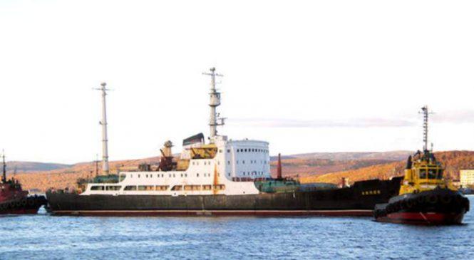Rusko odstraní palivo z nákladní lodě Lepse
