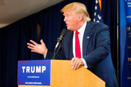 jaderná energie - Trump podepsal zákon, podporující vývoj pokročilých jaderných reaktorů - Zprávy (trump crchecked dd credit Michael Vadon Wikipedia.jpg) 2