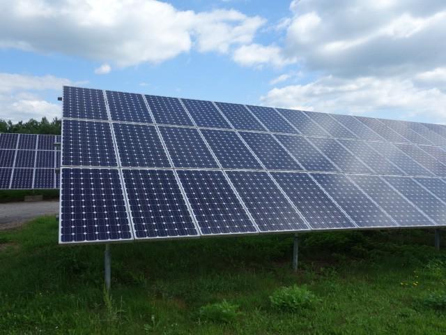 Teplý a slunečný podzim má pozitivní vliv na výrobu elektřiny z fotovoltaických elektráren