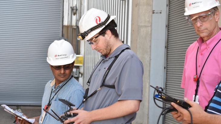jaderná energie - Americké společnosti používají drony k inspekci elektrárny - Zprávy (Drone inspection Xcel Energy 2018 2) 1