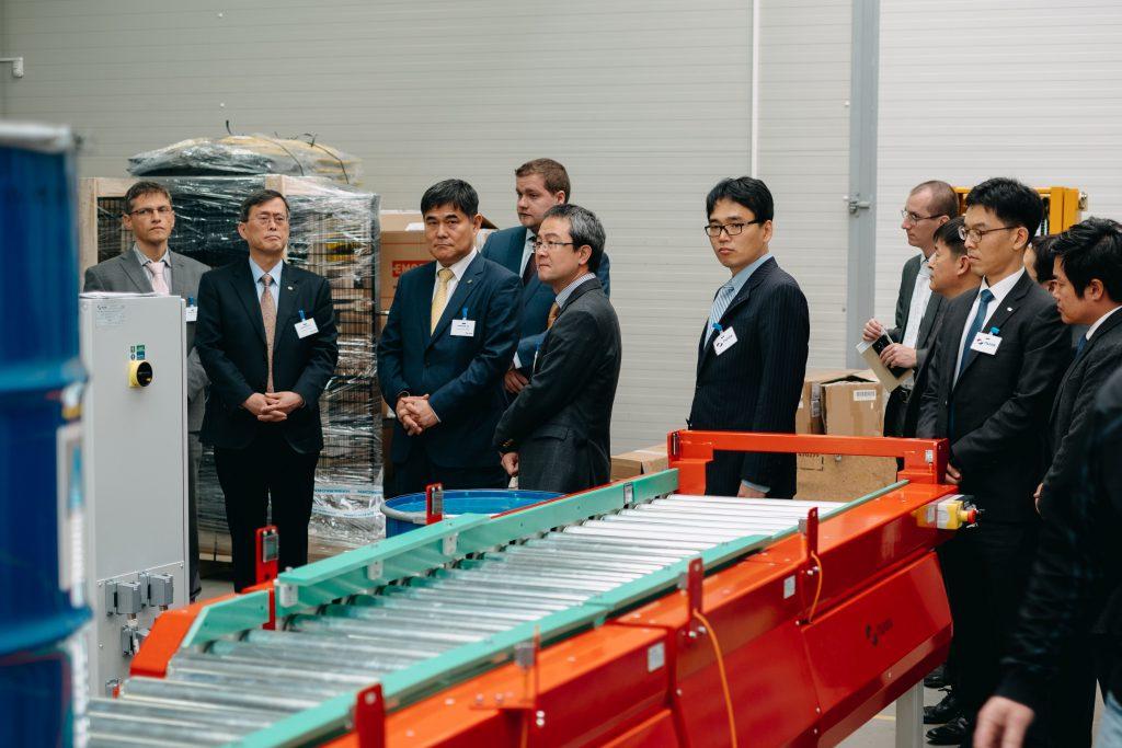 jaderná energie - Korejský prezident se setkal s premiérem Babišem. Ředitel KHNP navštívil Dukovansko a navázal spolupráci s českými dodavateli - Zprávy (KHNP ve výrobě Nuvia) 2