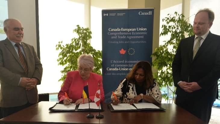 jaderná energie - Kanadské a rumunské společnosti rozšiřují spolupráci - Zprávy (OCNI Romatom MoU October 2018 OCNI) 1