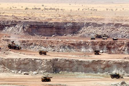 jaderná energie - Růst výroby elektřiny z jaderných elektráren způsobí vyšší poptávku po uranu - Zprávy (Areva Niger Mine Courtesy Areva Orano.bmp) 1