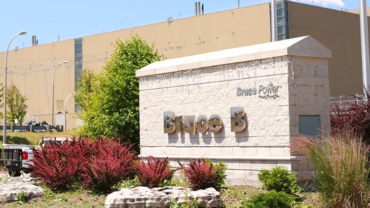 jaderná energie - Rekonstrukce šestého bloku jaderné elektrárny Bruce by mohla začít v lednu 2020 - Zprávy (Bruce B plant sign closeup Bruce Power) 1