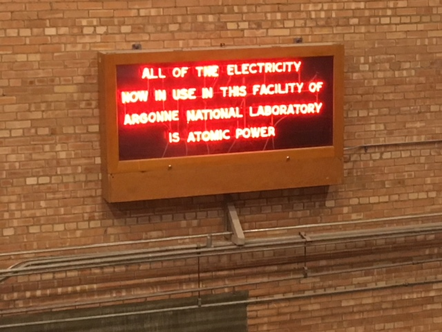 jaderná energie - EBR-I ve fotografiích - Ve světě (EBR 1 sign Will Davis) 5