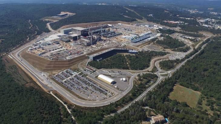 jaderná energie - Americké akademie vyzývají k pokračujícímu výzkumu fúze - Zprávy (Iter construction site aerial July 2018 Iter) 1