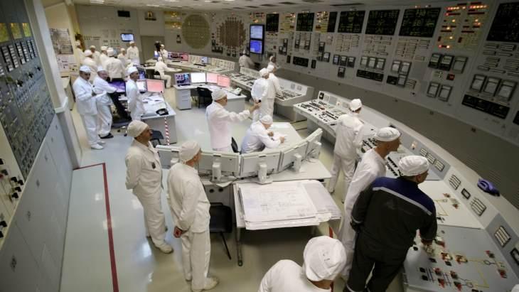 jaderná energie - První blok Leningradské jaderné elektrárny ukončil svůj provoz - Zprávy (Leningrad 1 control room Rosatom) 1
