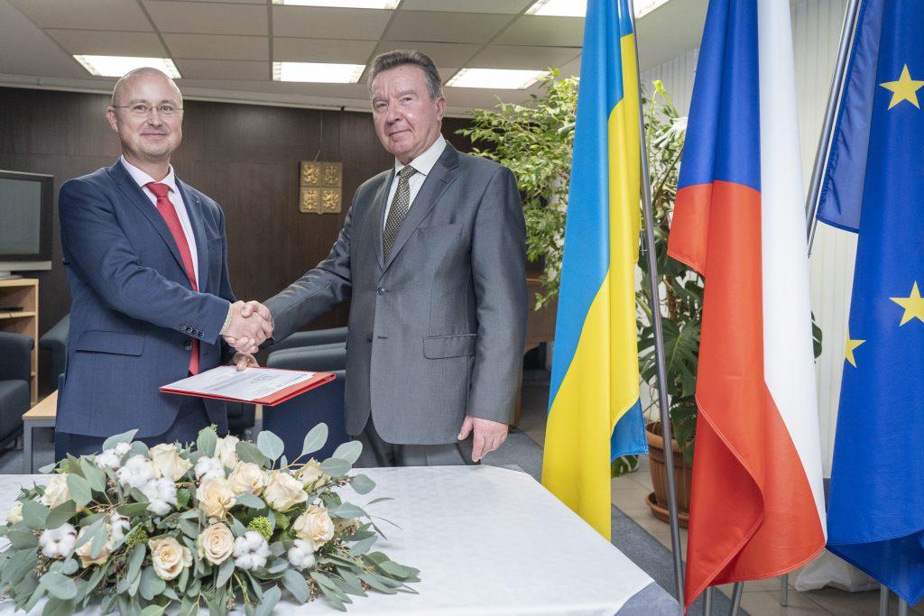 jaderná energie - Česká společnost NUVIA získala na Ukrajině zakázky za 1,7 miliardy korun - Zprávy (SK 08287) 1