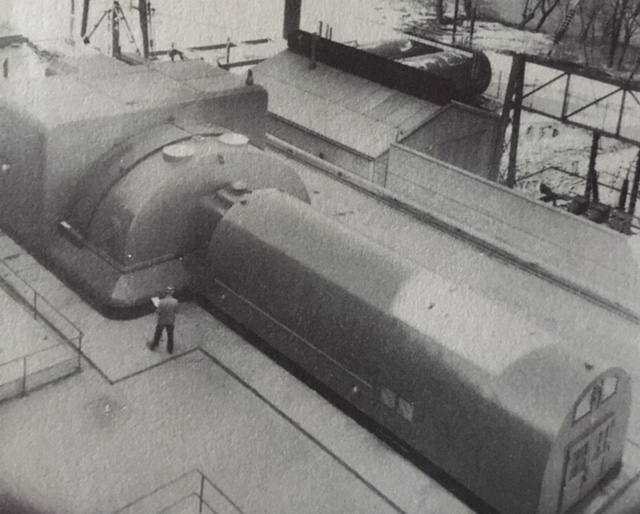 jaderná energie - Jádro v síti! Shippingport, 1957 - Fotografie (Shippingport Turbine Generator) 6