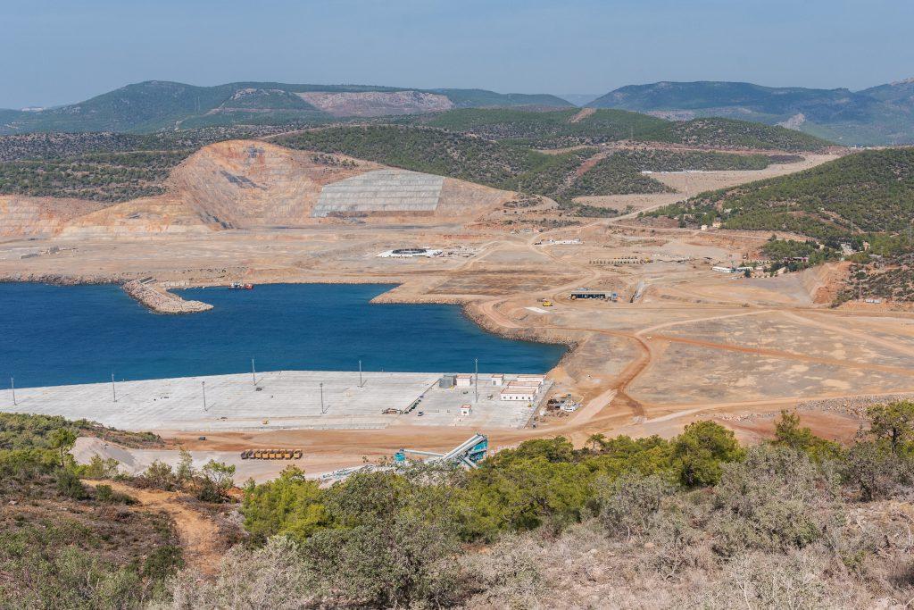 jaderná energie - Turecká JE Akkuyu má omezené stavební povolení pro 2. blok - Zprávy (Staveniště JE Akkuyu v říjnu 2018) 1