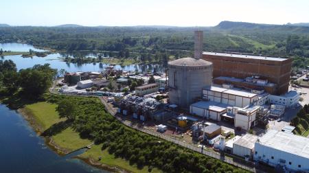 jaderná energie - Argentinská jaderná elektrárna Embalse je opět v provozu po největším projektu prodloužení životnosti - Zprávy (Embalse Jan 2019 Courtesy Nuclearelectrica.bmp) 3