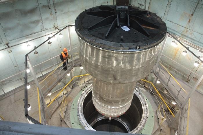 jaderná energie - Nejvýkonnější rychlý výzkumný reaktor MBIR má za sebou 1. fázi kontrolní montáže reaktoru - Zprávy (Kontrolní montáž reaktoru MBIR 0) 2