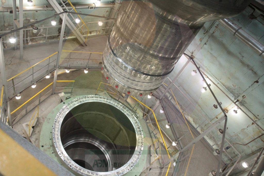 jaderná energie - Nejvýkonnější rychlý výzkumný reaktor MBIR má za sebou 1. fázi kontrolní montáže reaktoru - Zprávy (Kontrolní montáž reaktoru MBIR 2) 1