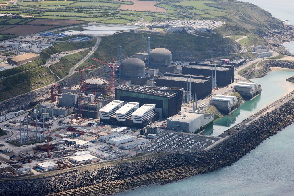 jaderná energie - Plány odstavování jaderných elektráren neukazují na odstup od jádra, sdělil Francouzský ministr - Zprávy (FLA220 079) 1