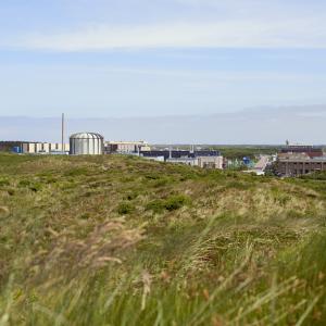 jaderná energie - Společnosti NRG a Curium podepsaly několikaletou dohodu o výrobě Mo-99 - Zprávy (Petten Reactor Courtesy NRG.bmp) 1