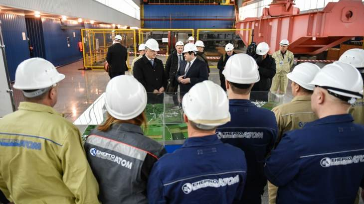 jaderná energie - Ukrajinský prezident vyzdvihuje roli jaderné energetiky - Zprávy (Poroshenko at the South Ukraine NPP Ukrainian President s office) 3