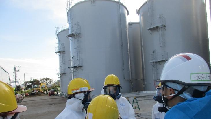 jaderná energie - Společnost TEPCO dokončila úpravu skladovacích kobek na vodu ve Fukušimě - Zprávy (Fukushima tank area 2018 Tepco) 1