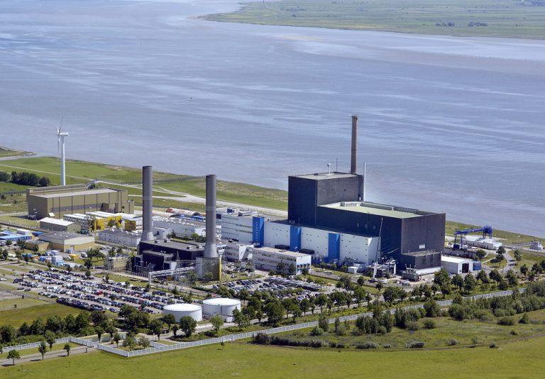 jaderná energie - V Německu přibývají hlasy požadující odklad konce jaderné energetiky - Zprávy (brunsbuttel 02 vattenfall 1024) 1