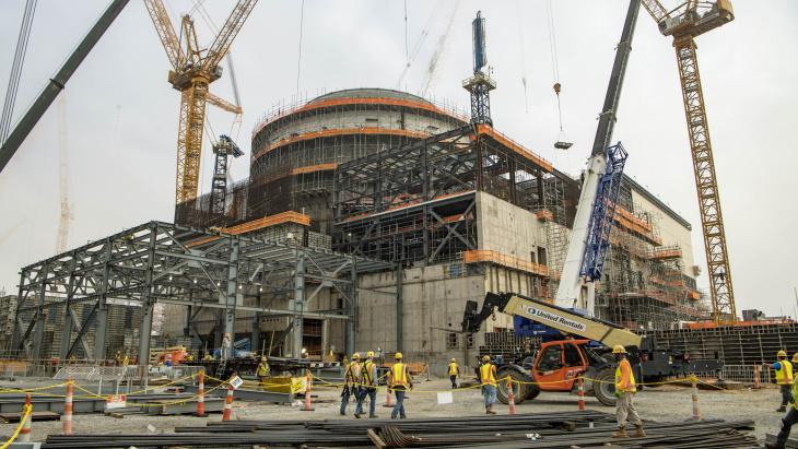 jaderná energie - Společnost Georgia Power objednává palivo pro třetí blok elektrárny Vogtle - Zprávy (Vogtle 3 construction June 2019 Georgia Power) 1