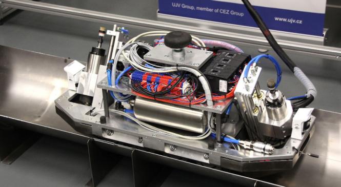 T-UNI: Robot pro dekontaminaci jaderných reaktorů