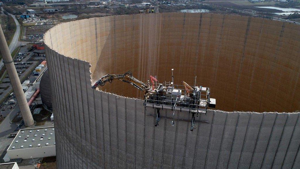 Euro: Němci rozebírají 22 reaktorů. Na největším jaderném šrotišti světa vzniká nový byznys