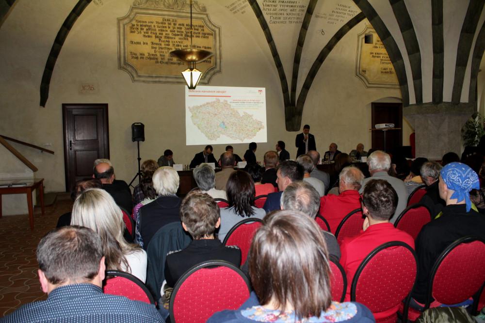 jaderná energie - Jihlavská drbna: V Jihlavě se mluvilo o úložišti jaderného odpadu. U Batelova by mohla vzniknout nová vodní nádrž - Zprávy (size4 15737270045878 152 img 7788a) 1