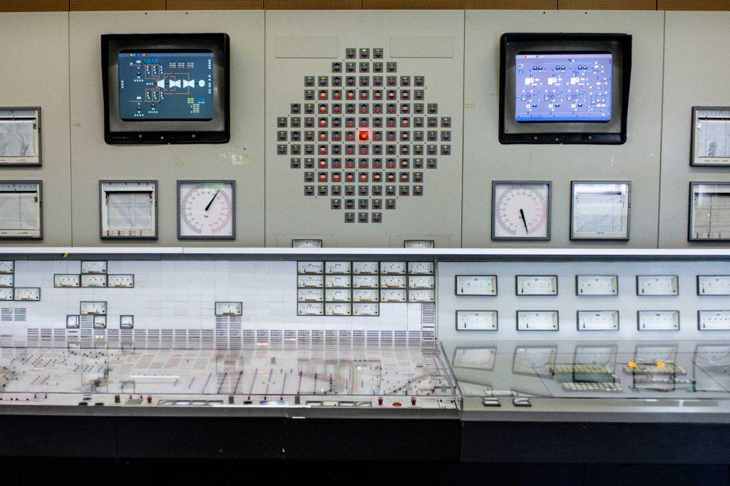 jaderná energie - Kulturní noviny: JADERNÁ ELEKTRÁRNA V ZWENTENDORFU: PŘÍBĚH SÍLY VEŘEJNÉHO MÍNĚNÍ V DEMOKRATICKÉ ZEMI (8. ČÁST) - Zprávy (AKW 4) 1