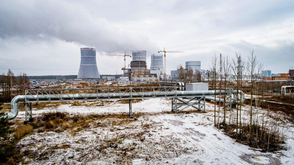 jaderná energie - Nový blok Leningradské JE-II začal dodávat teplo do města Sosnovyj Bor - Zprávy (Horkovod vyvedený z prvního bloku Leningradské JE II) 1