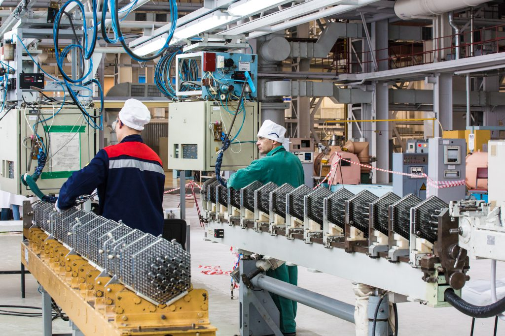 jaderná energie - TVEL podepsal kontrakt na dodávky paliva pro Kozloduj do roku 2025 - Palivový cyklus (Výroba paliva pro reaktory VVER 1000 v podniku NZCHK) 1