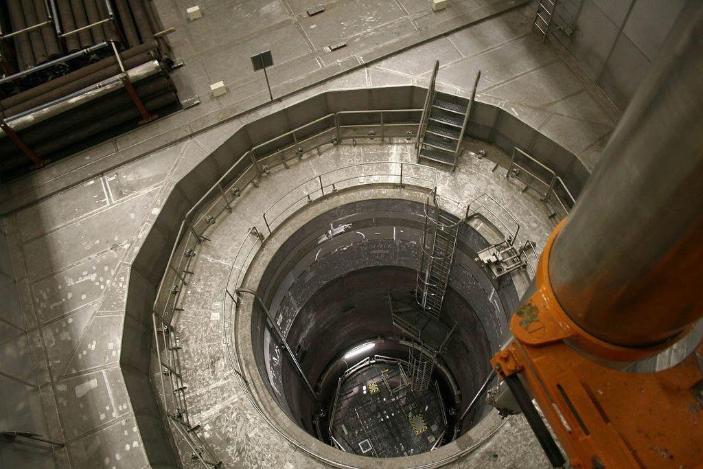 jaderná energie - Kulturní noviny: JADERNÁ ELEKTRÁRNA V ZWENTENDORFU: PŘÍBĚH SÍLY VEŘEJNÉHO MÍNĚNÍ V DEMOKRATICKÉ ZEMI (3. ČÁST) - Zprávy (W1siZiIsInVwbG9hZHMvcGxhY2VfaW1hZ2VzLzNmOTNkMzRiYjE2OTE4NTQ1MV8zMDk1NzYyODMzX2NlMGNjNGExYWZfYi5qcGciXSxbInAiLCJ0aHVtYiIsIjEyMDB4PiJdLFsicCIsImNvbnZlcnQiLCItcXVhbGl0eSA4MSAtYXV0by1vcmllbnQiXV0) 1