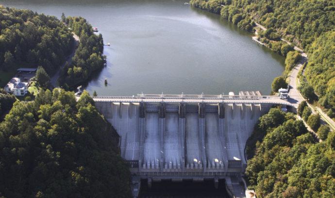 jaderná energie - Největším bezemisním zdrojem energie zůstávají vodní elektrárny - Zprávy (5413690 img vodni elektrarna slapy v0) 2